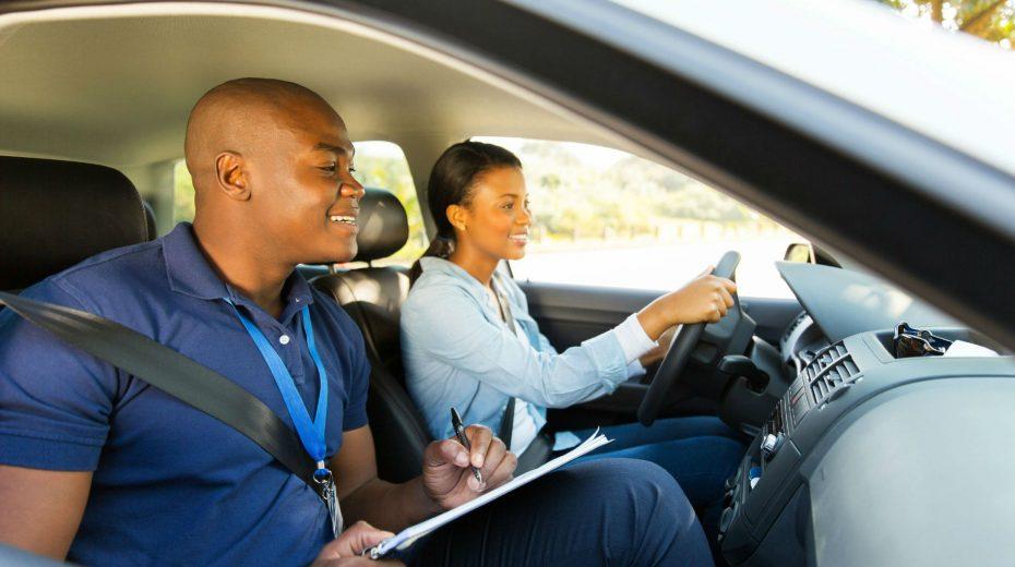 aprendendo a dirigir autoescola